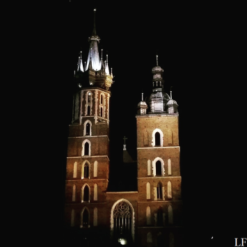Church of the Virgin Mary at night in Kraków