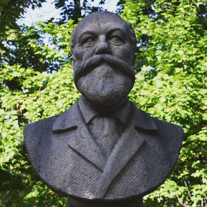 Statue of Mór Jókai in Balatonfüred