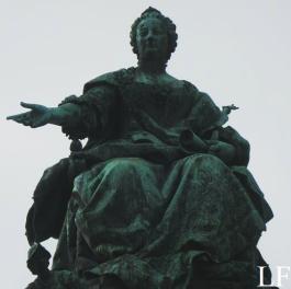 Statue of Maria Theresia