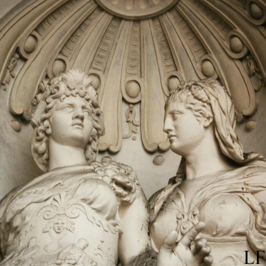 Statues in Hofburg